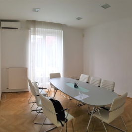 Kiadó  téglalakás (<span class='notranslate'>Budapest, V.  </span>kerület) 320 E   <span class='notranslate'>Ft</span>/hó