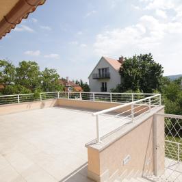 Kiadó  családi ház (<span class='notranslate'>Budapest, II.  </span>kerület) 1,91 M   <span class='notranslate'>Ft</span>/hó
