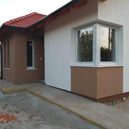 Eladó  családi ház (<span class='notranslate'>Erdőkertes</span>, <span class='notranslate'></span>) 44,9 M   <span class='notranslate'>Ft</span>