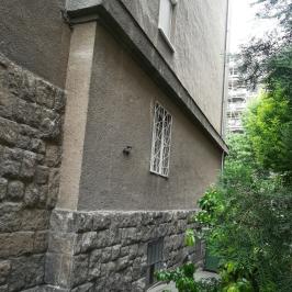 Eladó  téglalakás (<span class='notranslate'>Budapest, XIII.  </span>kerület) 28,4 M   <span class='notranslate'>Ft</span>