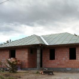 Eladó  családi ház (<span class='notranslate'>Veresegyház</span>, <span class='notranslate'>Tópart</span>) 57,9 M   <span class='notranslate'>Ft</span>