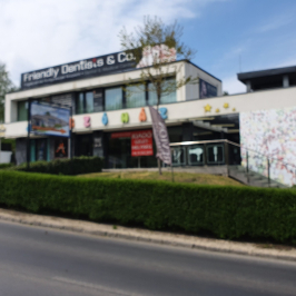 Eladó  üzlethelyiség utcai bejáratos (<span class='notranslate'>Budapest, II.  </span>kerület) 437 M   <span class='notranslate'>Ft</span>