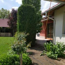 Eladó  családi ház (<span class='notranslate'>Szeged</span>, <span class='notranslate'>Baktó</span>) 129.9 M   <span class='notranslate'>Ft</span>