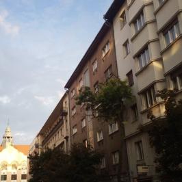 Kiadó  téglalakás (<span class='notranslate'>Budapest, XI.  </span>kerület) 120 E   <span class='notranslate'>Ft</span>/hó