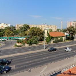 Kiadó  iroda (<span class='notranslate'>Budapest, III.  </span>kerület) 2,46 E   <span class='notranslate'>Ft</span>/hó