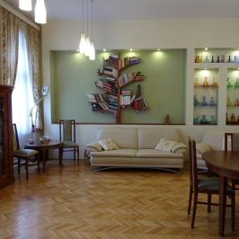 Eladó  téglalakás (<span class='notranslate'>Budapest, VII.  </span>kerület) 74,9 M   <span class='notranslate'>Ft</span>