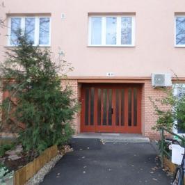 Eladó  panellakás (<span class='notranslate'>Szeged</span>, <span class='notranslate'>Újszeged</span>) 24.7 M   <span class='notranslate'>Ft</span>