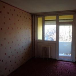 Eladó  panellakás (<span class='notranslate'>Szeged</span>, <span class='notranslate'>Felsőváros</span>) 25.35 M   <span class='notranslate'>Ft</span>