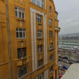 Eladó  téglalakás (<span class='notranslate'>Budapest, XIII.  </span>kerület) 124 M   <span class='notranslate'>Ft</span>