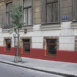 Kiadó  üzlet (<span class='notranslate'>Budapest, VII.  </span>kerület) 180 E   <span class='notranslate'>Ft</span>/hó +ÁFA