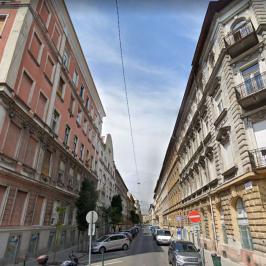 Eladó  téglalakás (<span class='notranslate'>Budapest, VII.  </span>kerület) 63.9 M   <span class='notranslate'>Ft</span>