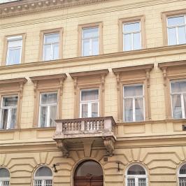 Eladó  téglalakás (<span class='notranslate'>Budapest, VI.  </span>kerület) 34.9 M   <span class='notranslate'>Ft</span>