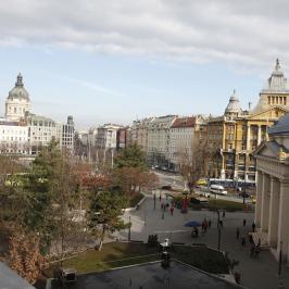 Kiadó  téglalakás (<span class='notranslate'>Budapest, V.  </span>kerület) 425 E   <span class='notranslate'>Ft</span>/hó