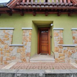 Eladó  családi ház (<span class='notranslate'>Budapest, XVI.  </span>kerület) 93.9 M   <span class='notranslate'>Ft</span>