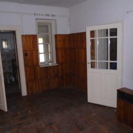 Eladó  családi ház (<span class='notranslate'>Nyíregyháza</span>, <span class='notranslate'>Debreceni u.</span>) 13 M   <span class='notranslate'>Ft</span>