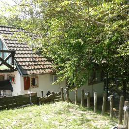 Eladó  családi ház (<span class='notranslate'>Budakeszi</span>, <span class='notranslate'>Máriamakk</span>) 81 M   <span class='notranslate'>Ft</span>