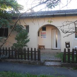 Eladó  családi ház (<span class='notranslate'>Szeged</span>, <span class='notranslate'>Újszeged</span>) 54,8 M   <span class='notranslate'>Ft</span>
