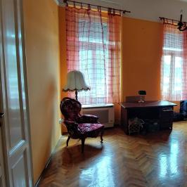 Eladó  téglalakás (<span class='notranslate'>Budapest, II.  </span>kerület) 110,9 M   <span class='notranslate'>Ft</span>