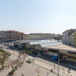 Eladó  téglalakás (<span class='notranslate'>Budapest, VIII.  </span>kerület) 36,5 M   <span class='notranslate'>Ft</span>