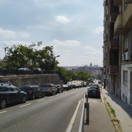 Eladó  téglalakás (<span class='notranslate'>Budapest, II.  </span>kerület) 44,5 M   <span class='notranslate'>Ft</span>