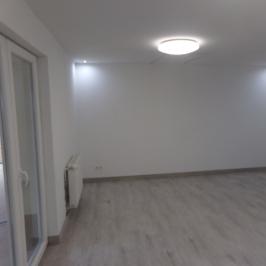 Eladó  családi ház (<span class='notranslate'>Budapest, XVIII.  </span>kerület) 46,9 M   <span class='notranslate'>Ft</span>