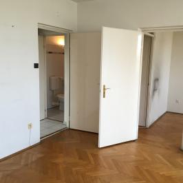 Eladó  panellakás (<span class='notranslate'>Budapest, XIV.  </span>kerület) 23,9 M   <span class='notranslate'>Ft</span>
