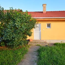 Eladó  családi ház (<span class='notranslate'>Debrecen</span>, <span class='notranslate'>Alsójózsa</span>) 50 M   <span class='notranslate'>Ft</span>