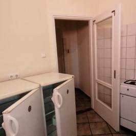 Eladó  vendéglátás (<span class='notranslate'>Budapest, X.  </span>kerület) 1.9 M   <span class='notranslate'>Ft</span>