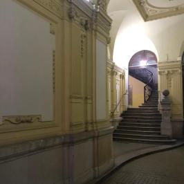 Eladó  téglalakás (<span class='notranslate'>Budapest, VI.  </span>kerület) 36,8 M   <span class='notranslate'>Ft</span>