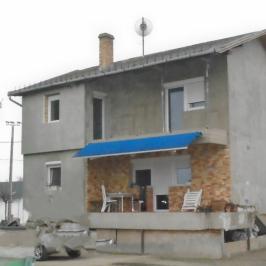 Eladó  családi ház (<span class='notranslate'>Tököl</span>, <span class='notranslate'></span>) 46,6 M   <span class='notranslate'>Ft</span>