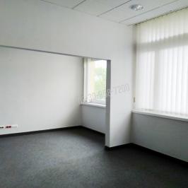 Eladó  üzlethelyiség utcai bejáratos (<span class='notranslate'>Eger</span>, <span class='notranslate'>Belváros</span>) 250 M   <span class='notranslate'>Ft</span> +ÁFA