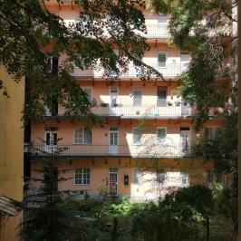 Eladó  téglalakás (<span class='notranslate'>Budapest, XIII.  </span>kerület) 89,9 M   <span class='notranslate'>Ft</span>