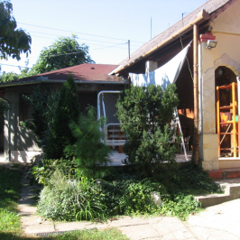 Eladó  családi ház (<span class='notranslate'>Tóalmás</span>, <span class='notranslate'></span>) 23,5 M   <span class='notranslate'>Ft</span>