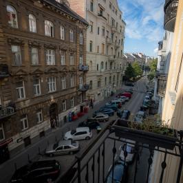 Kiadó  téglalakás (<span class='notranslate'>Budapest, XI.  </span>kerület) 260 E   <span class='notranslate'>Ft</span>/hó