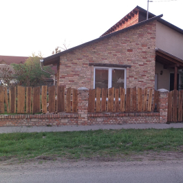 Eladó  családi ház (<span class='notranslate'>Kisköre</span>, <span class='notranslate'></span>) 18,9 M   <span class='notranslate'>Ft</span>