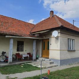 Eladó  családi ház (<span class='notranslate'>Jászfényszaru</span>, <span class='notranslate'></span>) 8,9 M   <span class='notranslate'>Ft</span>