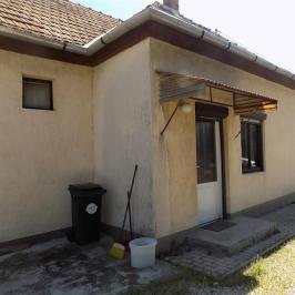 Eladó  családi ház (<span class='notranslate'>Győrújfalu</span>, <span class='notranslate'></span>) 30,5 M   <span class='notranslate'>Ft</span>