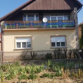 Eladó  családi ház (<span class='notranslate'>Csomád</span>, <span class='notranslate'></span>) 57,9 M   <span class='notranslate'>Ft</span>
