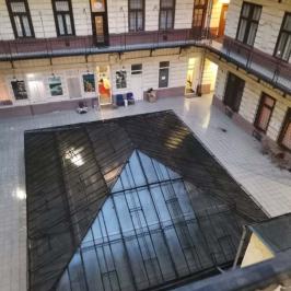 Eladó  téglalakás (<span class='notranslate'>Budapest, VIII.  </span>kerület) 44,9 M   <span class='notranslate'>Ft</span>