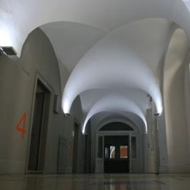 Kiadó  iroda (<span class='notranslate'>Budapest, V.  </span>kerület) 900 E   <span class='notranslate'>Ft</span>/hó