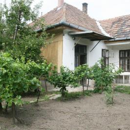 Eladó  családi ház (<span class='notranslate'>Bicske</span>, <span class='notranslate'>Kertváros</span>) 28,8 M   <span class='notranslate'>Ft</span>