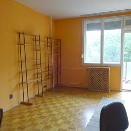 Kiadó  téglalakás (<span class='notranslate'>Budapest, XIV.  </span>kerület) 120 E   <span class='notranslate'>Ft</span>/hó