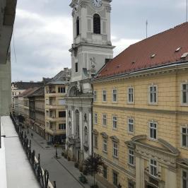 Kiadó  téglalakás (<span class='notranslate'>Budapest, V.  </span>kerület) 160 E   <span class='notranslate'>Ft</span>/hó