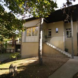 Kiadó  családi ház (<span class='notranslate'>Budapest, XII.  </span>kerület) 1,15 M   <span class='notranslate'>Ft</span>/hó