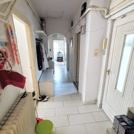 Eladó  családi ház (<span class='notranslate'>Budapest, III.  </span>kerület) 179,9 M   <span class='notranslate'>Ft</span>