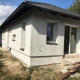 Eladó  családi ház (<span class='notranslate'>Budapest, XVIII.  </span>kerület) 44,9 M   <span class='notranslate'>Ft</span>