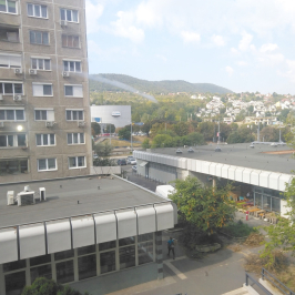 Eladó  panellakás (<span class='notranslate'>Budapest, III.  </span>kerület) 27,9 M   <span class='notranslate'>Ft</span>