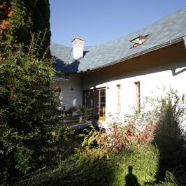 Eladó  családi ház (<span class='notranslate'>Budapest, II.  </span>kerület) 284,9 M   <span class='notranslate'>Ft</span>