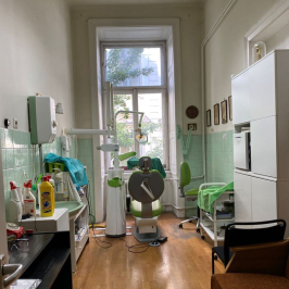 Eladó  téglalakás (<span class='notranslate'>Budapest, V.  </span>kerület) 95,9 M   <span class='notranslate'>Ft</span>