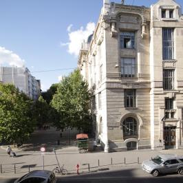 Eladó  téglalakás (<span class='notranslate'>Budapest, VII.  </span>kerület) 97,9 M   <span class='notranslate'>Ft</span>